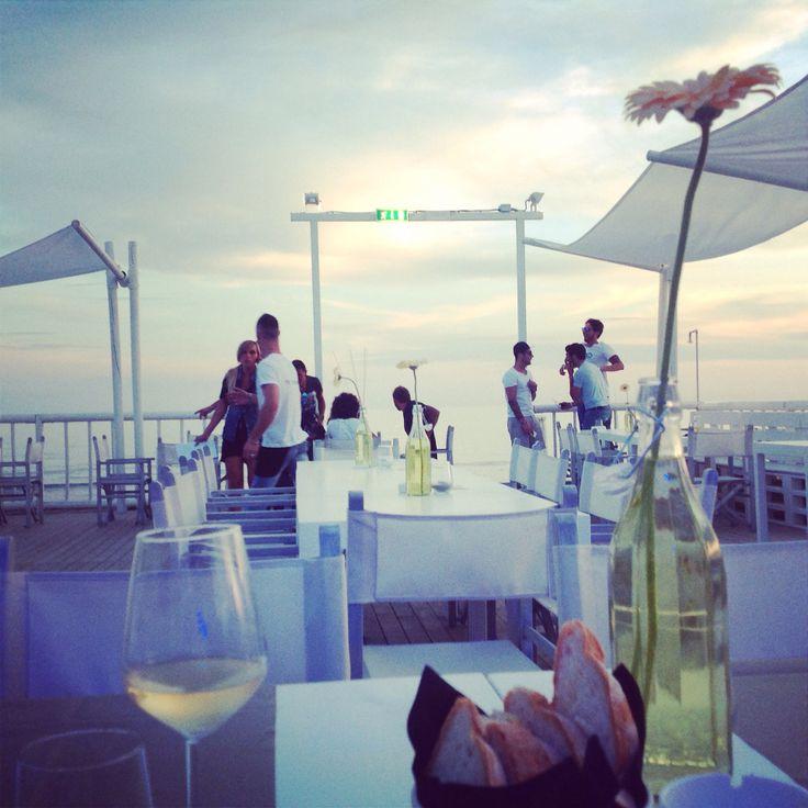 Magica Versilia  Buon week end a tutti e vi aspettiamo domani al Pepita store di Forte dei Marmi #pepita #fortedeimarmi #sunset