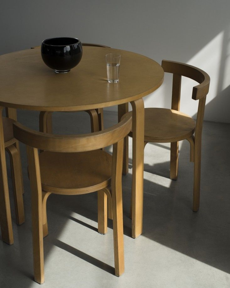 Highlow Alvar Aaltostyle Dining Table And Chairs Furniture