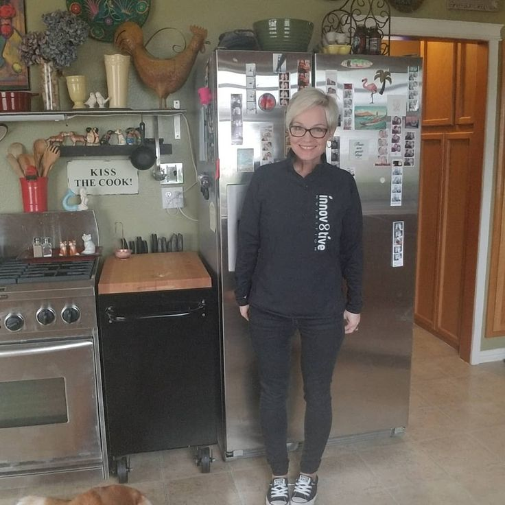 What?  I'm wearing tennis-shoes?  For real?  Yep!  Please don't mind the dog... or the mess... I was on a mission and house keeping wasn't it!  I have so much to be grateful for- for real!  And Innov8tive Nutrition is at the top of that list!  Did you know me before?  If you did then you know.  If you didn't... then ask!  It happens to be one of my favorite subjects.  Through nutrition and nutritional supplements... with Innov8tive Nutrition's help... I have finally let go of my LIFE-LONG…