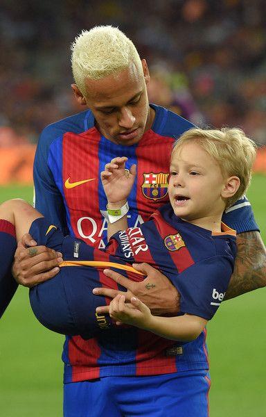 17 Best images about Backstage NJr. | Neymar on Pinterest ...