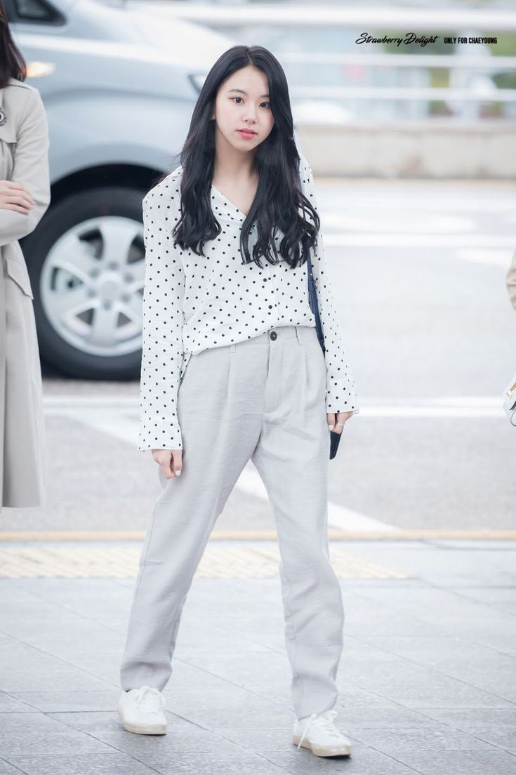 20+ Photos Of TWICE's Casual Fashion That'll Teach You How To ...