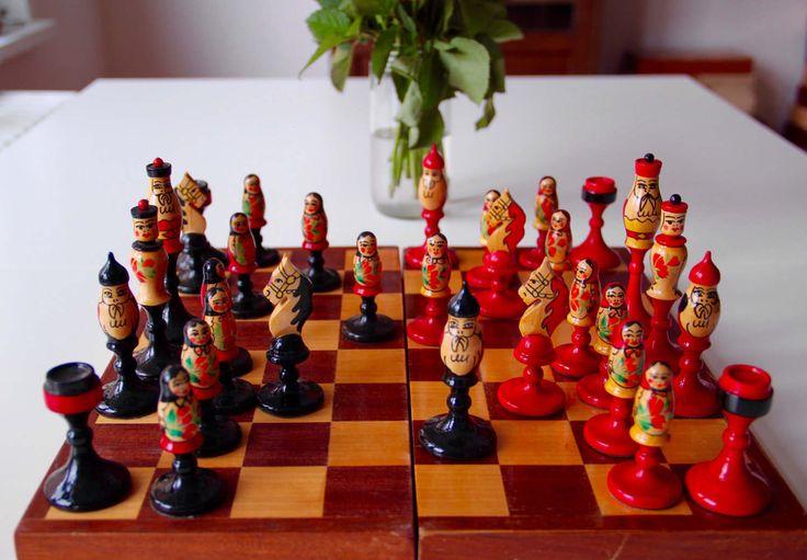 Vintage Original Soviet Hand Painted Chess Set from Soviet Union-Kyrgyzstan(Osh)-1980's-Schachspielset aus Kirghizistan-Made in USSR-Rare(6) von SovietGallery auf Etsy