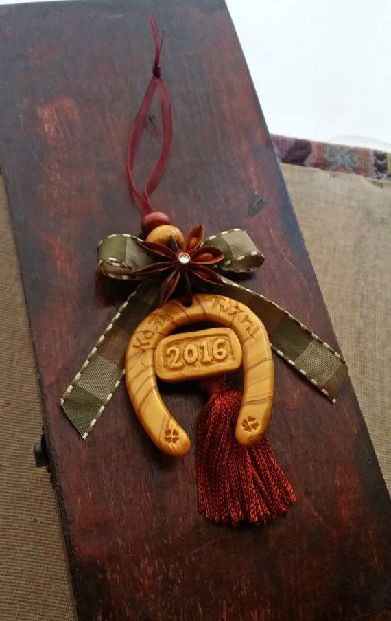 Lucky Horse Shoe Hanging Ornament Gold by EvasCreationsShop