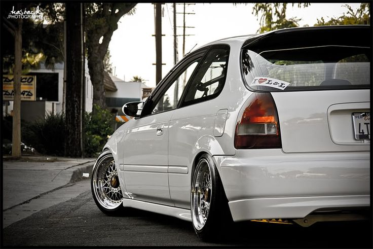 1998 White Honda Civic Hatchback.