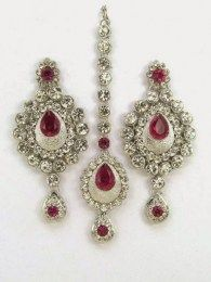 Silver Plated Maang Tika And Earrings Set