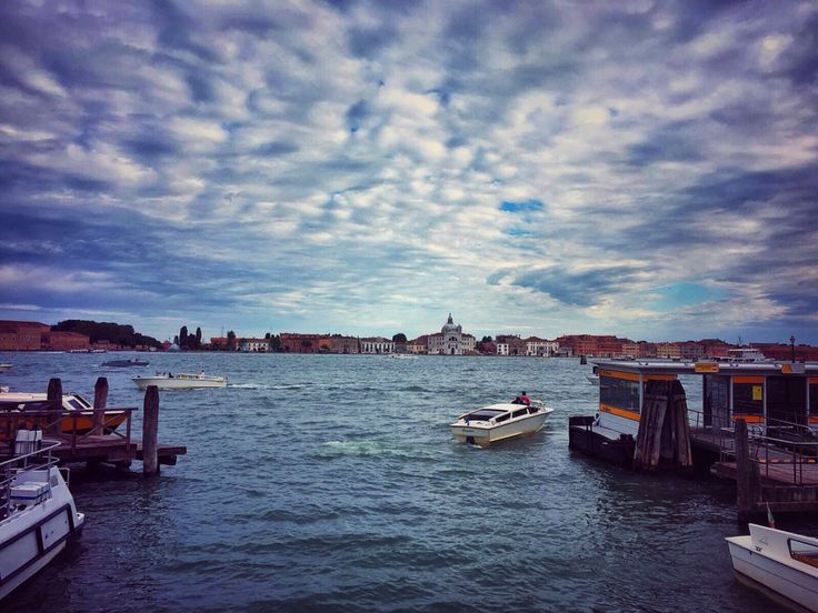 Let it go... #veniceitaly #waterscape #sky #cloudy #boats #travelgram #wanderlust #wander #sailing #explorer #buildings #water #canal #exploring #blue_water #waves #igersoftheday #italy_igers #photooftheday #momentoftheday #memoriesframing #cityscape #cityinwater #beautiful_venice