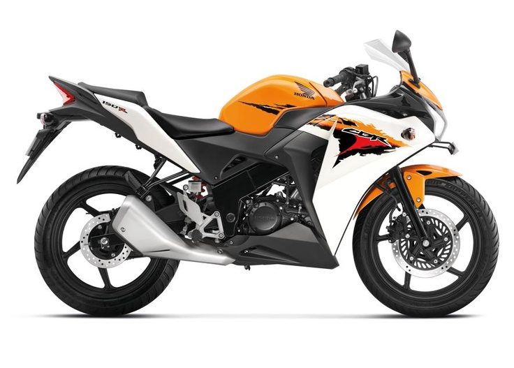 Honda's baby CBR holds promise | The CBR 150R is responsive and quick. The 6-speed gear box is a real gem, swift to respond and never complaining    http://www.livemint.com/2012/03/27201706/Honda8217s-baby-CBR-holds-p.html?h=C