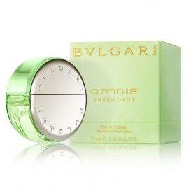 """Parfum de dama Bvlgari Green Jade Omnia Eau de Toilette 25ml - pret mic pentru calitate garantata!   Parfumul Omnia Green Jade a fost introdus in februarie 2009.  Acest parfum face parte din grupul olfactiv florale fructat si a fost dezvoltat de parfumierul Alberto Morillas. Descrierea de pe site-ul oficial mentioneaza ca """"aceasta semnatura elegant si cu adevarat feminin este un parfum floral verde, #bulgariperfume #parfum #parfumbulgari #parfumfemei"""