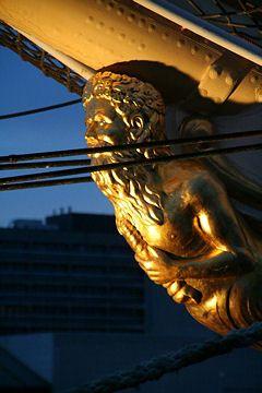 Neptune veille sur le bateau : Figures de proue - Linternaute.com Mer et Voile