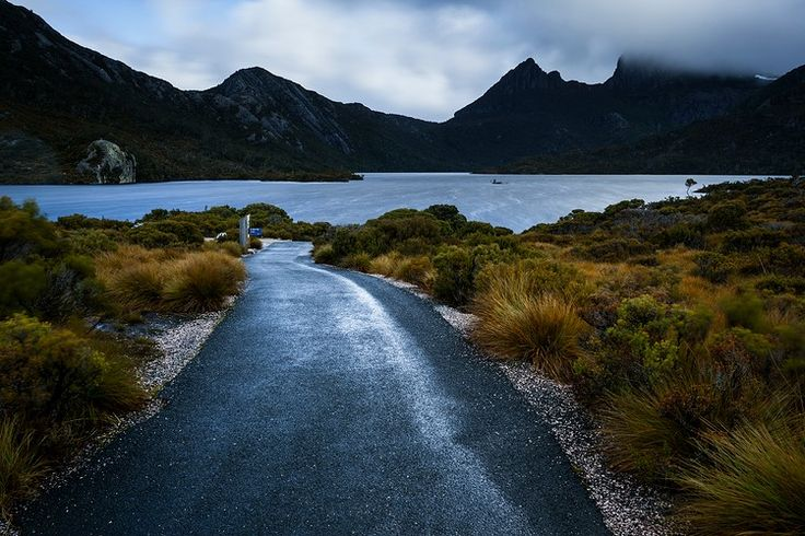 Dove Lake at Cradle Mountain: Cradle Mountain - Lake St Clair National Park Dove Lake walk 5.7km, old-growth rainforest walk OR Enchanted Walk 1.1kms from visitor centre