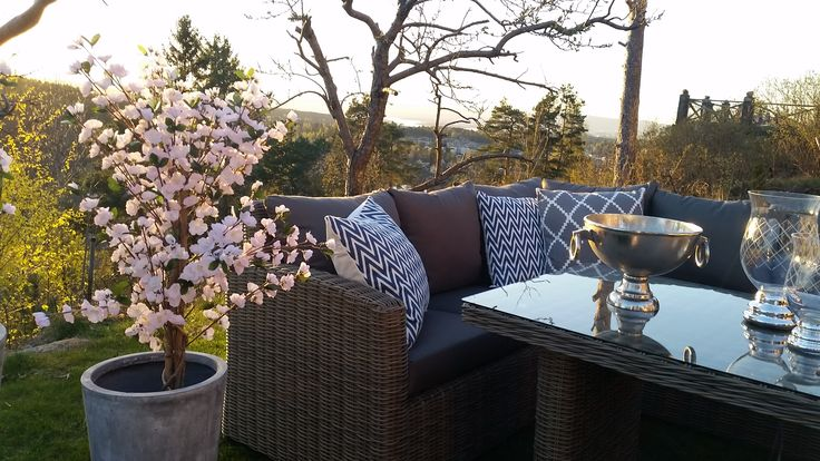 Hagemøbel - Outdoor furniture from Krogh Design. Marbella spisegruppe/sofagruppe til fine sommerdager og kvelder. For mer info og bestilling: www.krogh-design.no/hage/