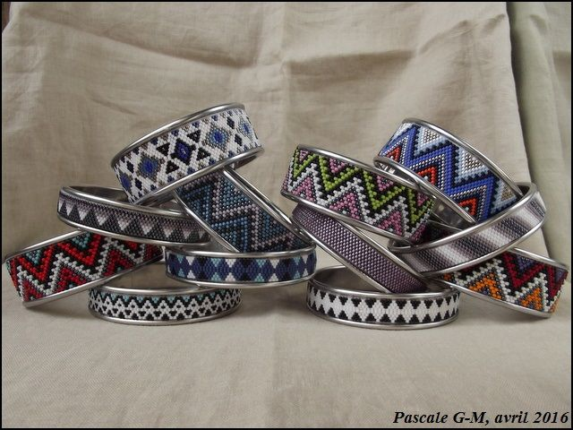 Bangles peyote sur support