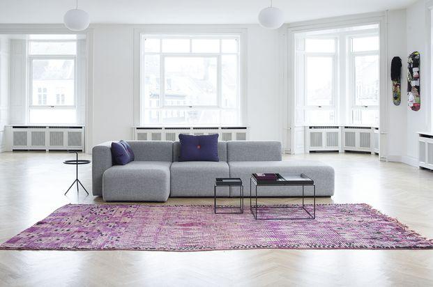 Mags sofa fra Hay er en modulsofa som kan settes sammen etter ønske. Små og store løsninger, i tre forskjellige stoffer.