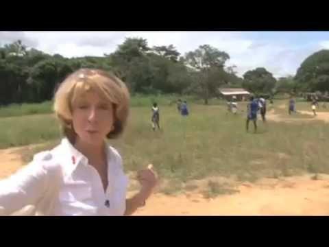 Corrie's Gail Platt visits Sierra Leone - Pt.2