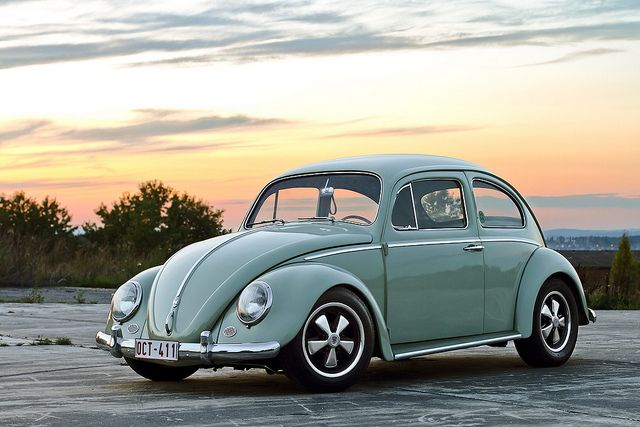 Wish I was born back in the day so I could own one of these beauties❤️ ~vw beetle bug~