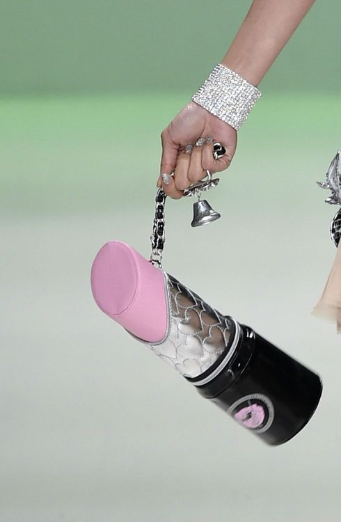 The bags coming down the @xobetseyjohnson #NYFW #MBFW #SS15...