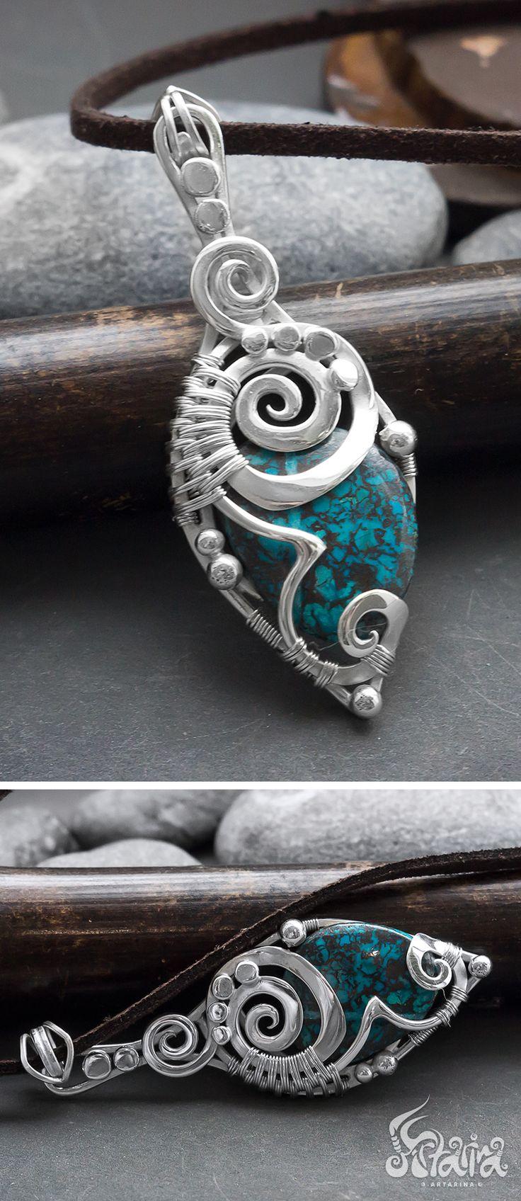 Azurite silver pendant // Blue azurite wire wrapped sterling silver necklace // Wire wrapped azurite // Wire wrap azurite stone // Artarina