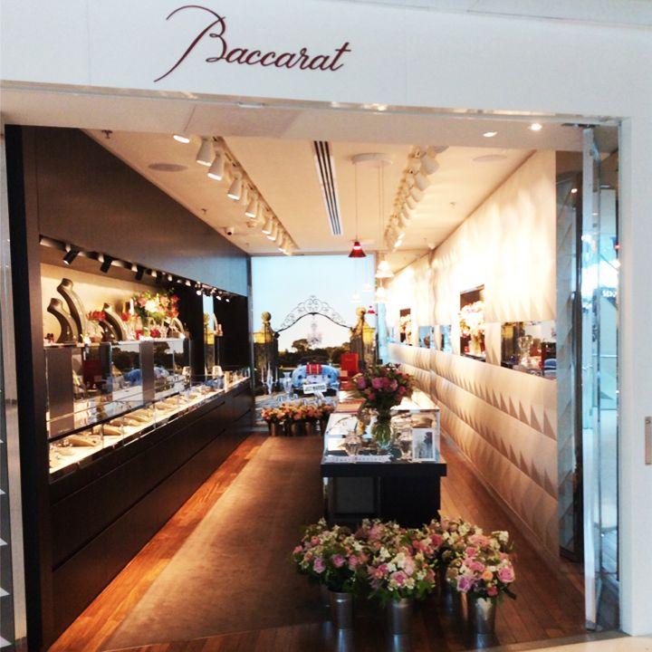 Centre Commercial Beaugrenelle Boutiques #15: La Boutique Baccarat De Beaugrenelle Est Juste Sublime, Métamorphosée En  Jardin Du0027été Pour
