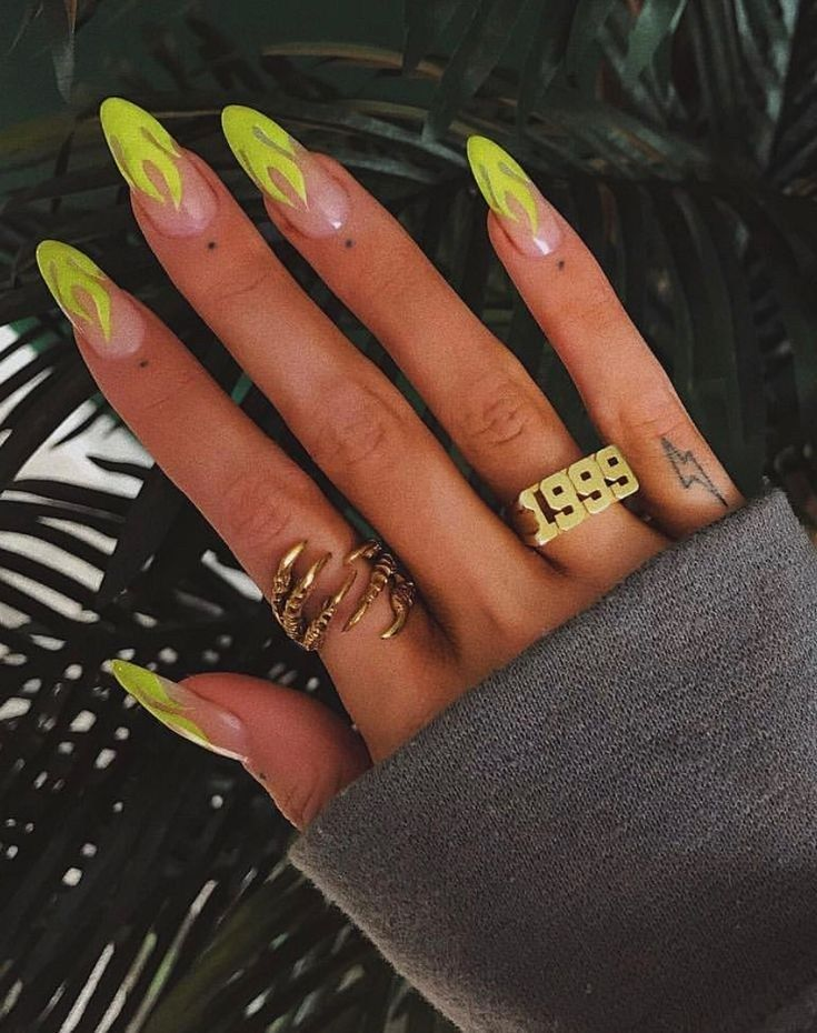 60 Trending Coffin Nails Designs For You In 2019 Spring And Summer 15 Welcomemyblog Com Best Acrylic Nails Coffin Nails Designs Fire Nails