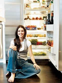 Rach sneaks a peek inside celebs' homes and fridges for Every Day with Rachael Ray magazine and chats about what they love to eat and cook