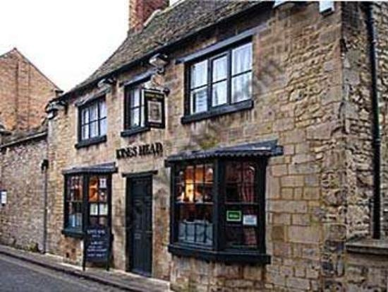 Kings Head, Maiden Lane: quaint Stamford pub - great for lunch and drinks