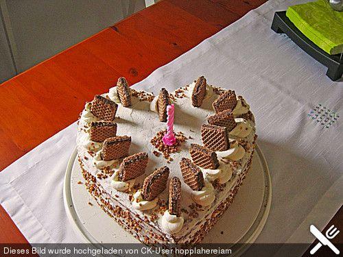 Hanuta - Torte (Rezept mit Bild) von petrapa | Chefkoch.de