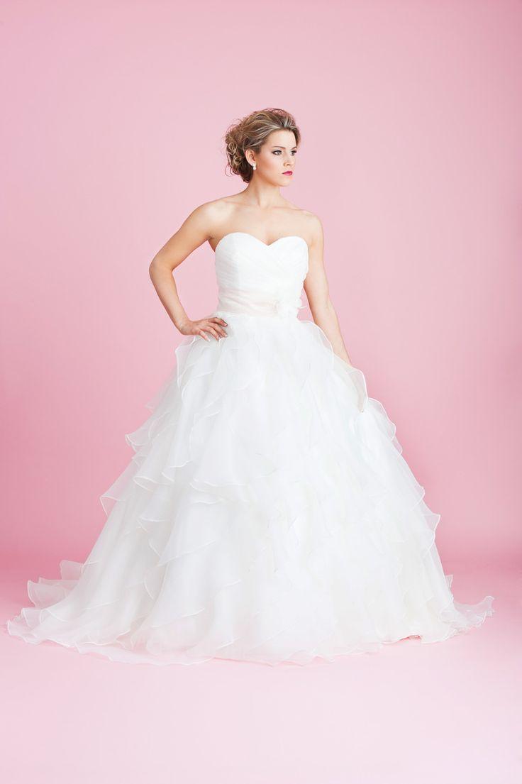The 97 best Wedding Dresses images on Pinterest | Brides, Bridesmade ...