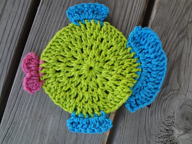 Free Crochet Fish Potholder Pattern : 17 Best images about Crochet Towel Toppers/Dishcloths ...