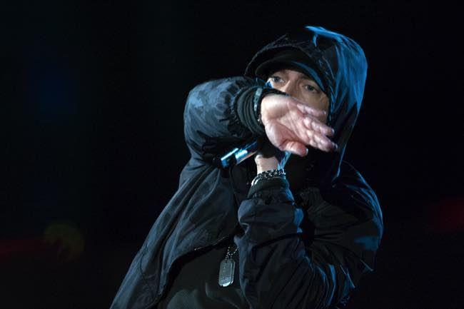 "Eminem Gets Political With New ""Campaign Speech"" Cut - http://www.entertainmentbuddha.com/eminem-gets-political-with-new-campaign-speech-cut/"