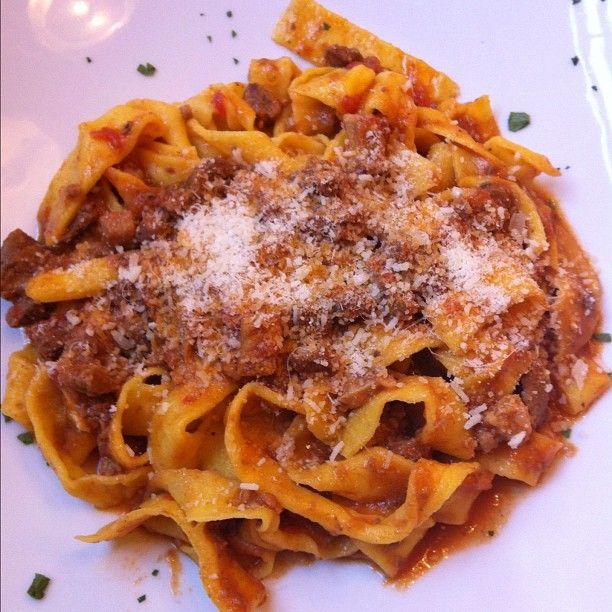 Heaven on a plate: le tagliatelle al ragù -