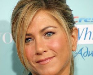 Fit Living Tips from Jennifer Aniston