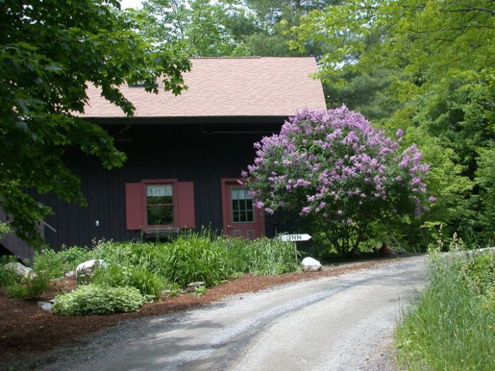 317 best staying here images on pinterest stowe vermont for Grunberg haus b b inn e cabine