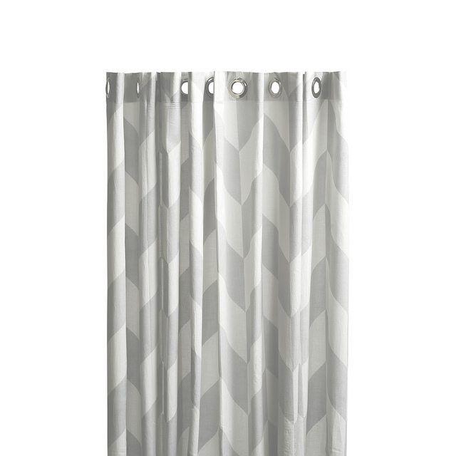 Duschvorhang mit geometrischen Muster von OyOy. Bathroom http://www.johanna-schultz.de/produkt/oyoy-mumi-showercurtain-duschvorhang-grau-weiss/