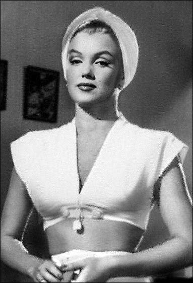 The Body Lana Turner Marilyn Fake Celebrit 224 Attrici