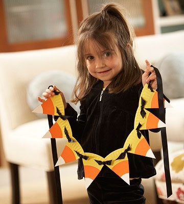 Paper Plate Candy Corn Garland [Crafts for Kids] ~ Be Different…Act Normal