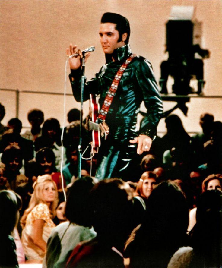 Elvis with Al Casey's 1968 Hagstrom Viking II on stage in Studio 4 - June 29, 1968 Photo courtesy 68 at 40- Retrospective, source FECC - NBC TV Studio Burbank