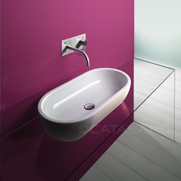 Sfera 70x37 - Sit on washbasin. No overflow. 0 or 1 tapholes.