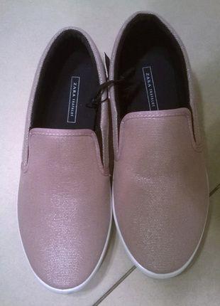Kup mój przedmiot na #vintedpl http://www.vinted.pl/damskie-obuwie/obuwie-sportowe/9950108-zara-tenisowki-gladkie-na-lato-r39