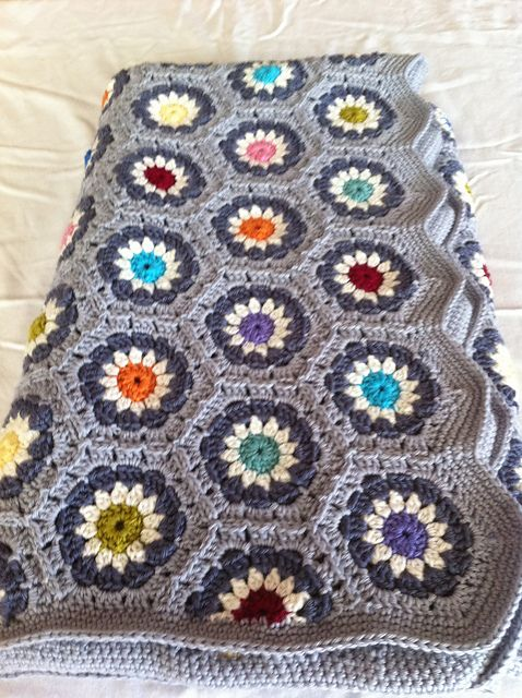 Free Crochet Pattern Hexagon Granny Square ~ Traitoro for .