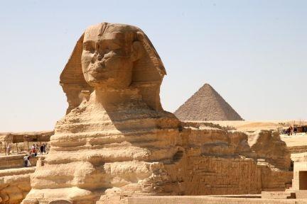 Def must go!: Buckets Lists, Egyptian Pyramid, 100 Places, Pyramid Egypt, Egypt Pyramid, Cairo Egypt, Egyptian Culture, Ancient Egyptian, Egypt Teaching