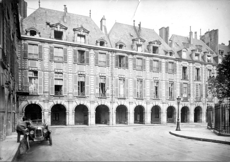 The original site of the New York School of Fine and Applied Art at the Paris Ateliers, circa 1908. (The New School Archives & Special Collections)