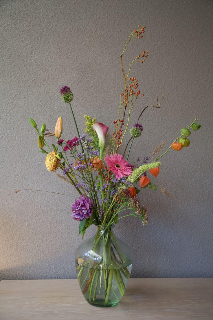 #bloemschikken #bloemstyling #bloemen #flowers #portfolio #boeket #veldboeket