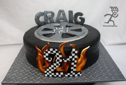 "14"" Tyre cake for 21st  Cake by Ciccio"