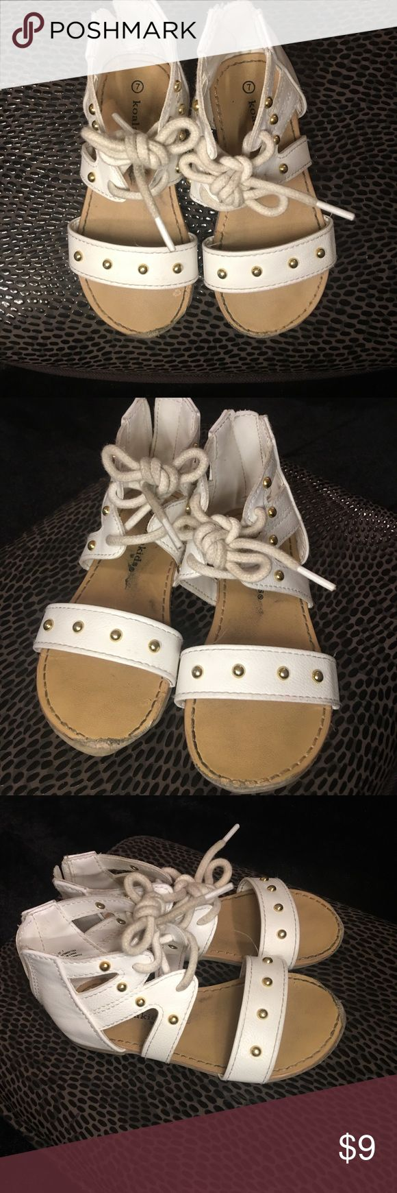 White Toddler Sandals w/ Gold Studs!!!⭐️ White Toddler Sandals w/ Gold Studs!!!⭐️ Good condition a couple of scuffs on The sole of the shoe... Koala Kids Shoes Sandals & Flip Flops