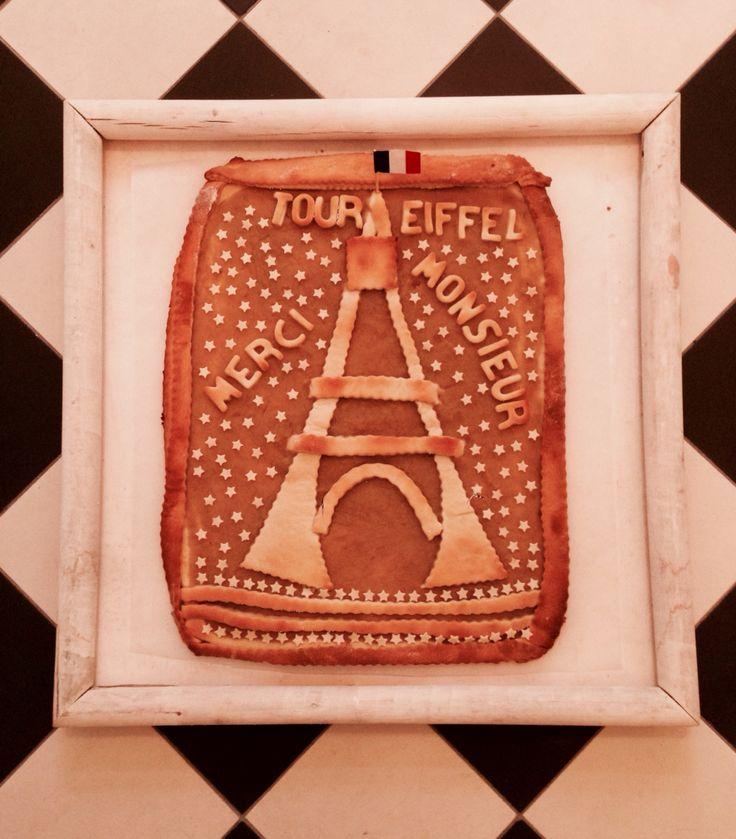 Eiffeltower Tour Eiffel Eiffelturm Apple yeast cake Apfelmus Hefekuchen
