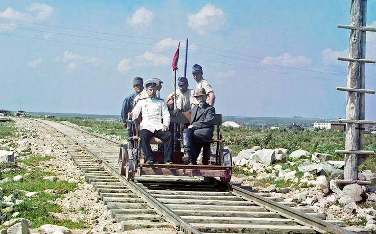 Resiina-ajelua Muurmanskin radalla Petroskoin lähellä vuonna 1915.