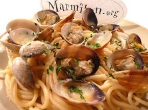 spaghetti, palourde, vin blanc sec, huile d'olive, persil, ail, beurre, sel, poivre
