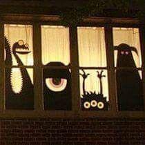 Monstres à la fenêtre