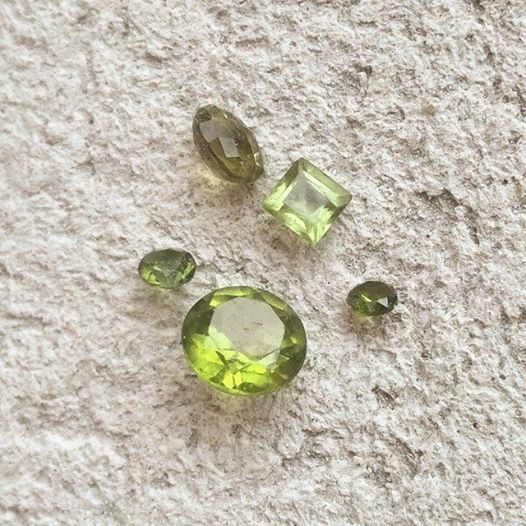 Happy August!! This month's birthstone is the lovely green peridot! These are a few of the reclaimed stones we have ready to be made into jewellery! #august #peridot #birthstone #green #slashpiledesigns #customjewelry