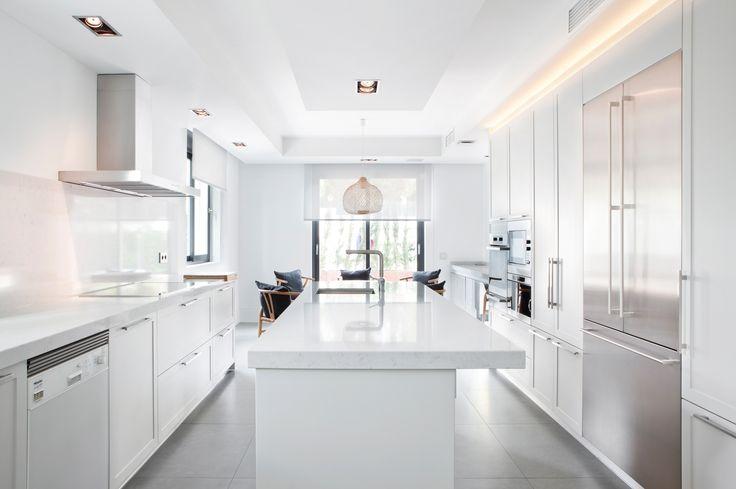 Moretti con Logos, una cocina atemporal.